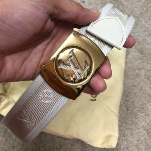 💯 authentic Louis Vuitton white monogram belt